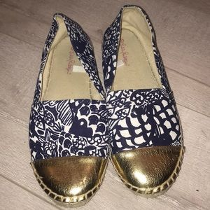 Lilly Pulitzer size 8 blue and gold espadrille flt